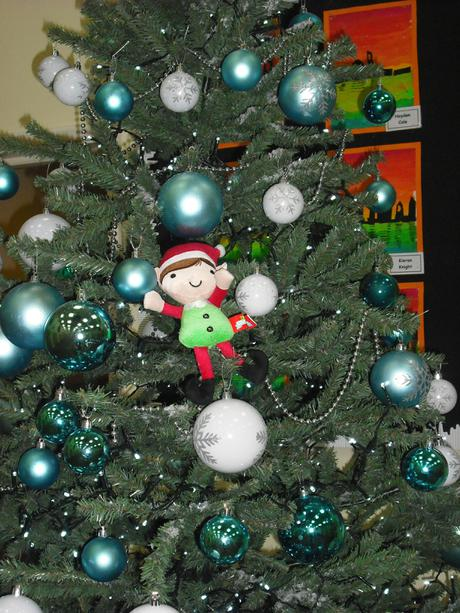 Sparkles the year 1 Elf visited Year 1 Children.