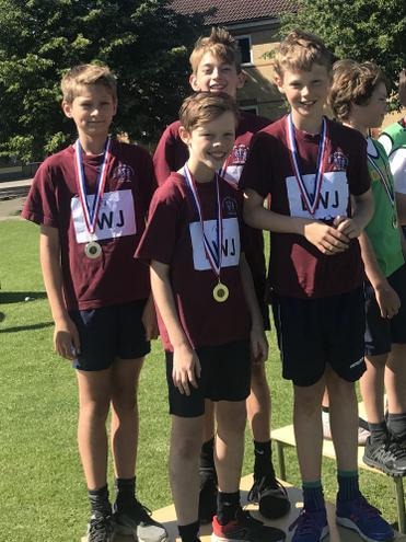 The Year 5/6 boys relay team wins gold