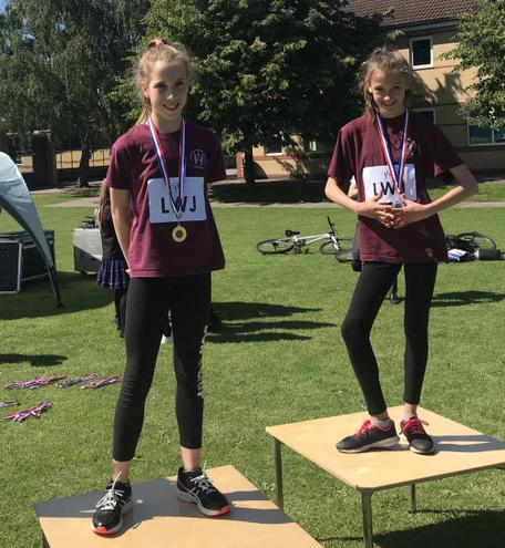 Seren gold and Chloe silver in the Year 6 100m
