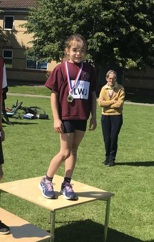 Florence wins silver in the Year 4 70m