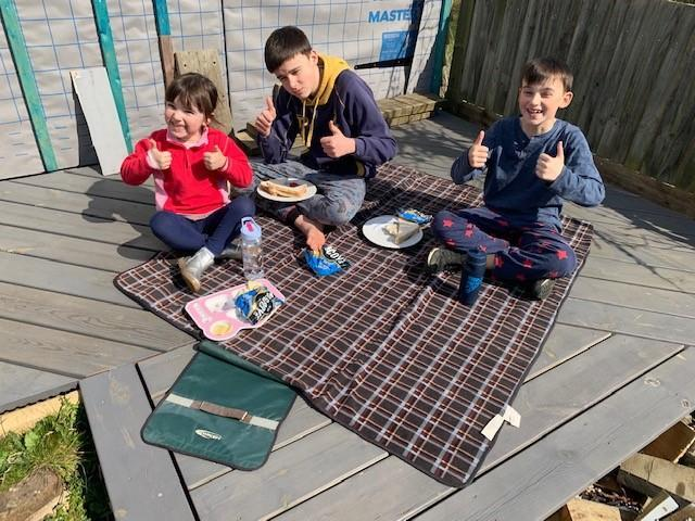 A well-earned picnic!