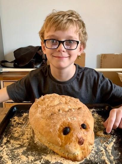 R made hedgehog bread which looks delicious!