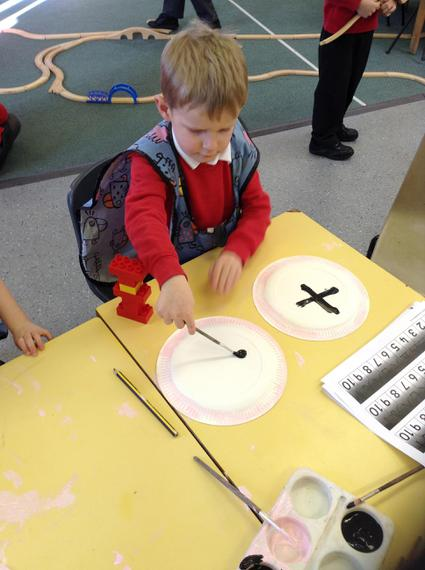 The children made Chinese drums.