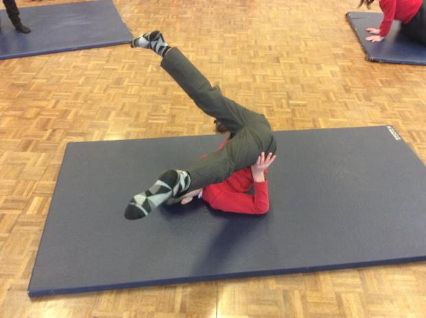 Using a large patch (Back) to balance in a straddle position