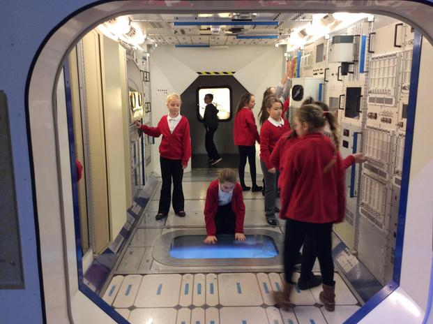 A school trip to 'We The Curious' enhances the children's understanding of space.