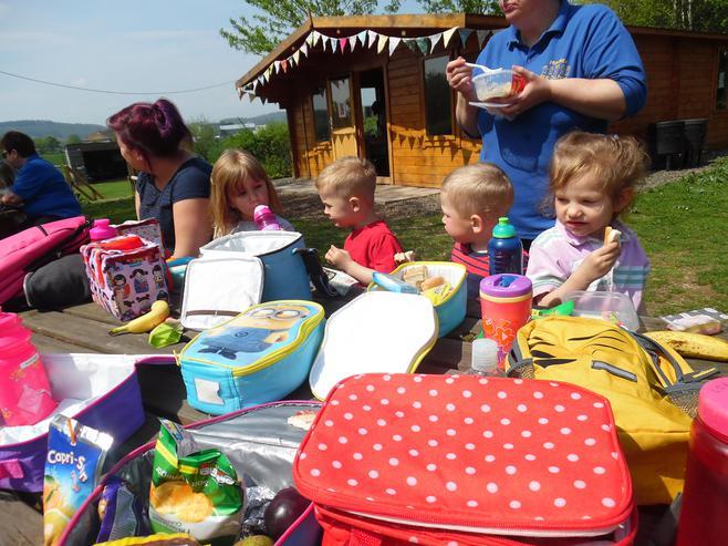 We enjoyed a picnic.