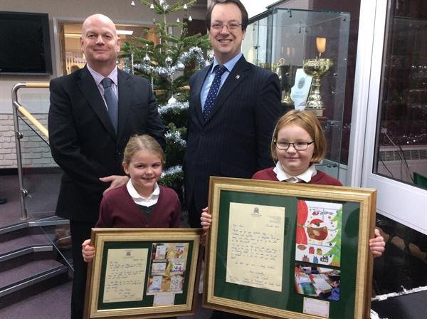 Mike Wood MP & the Christmas card winners 2016