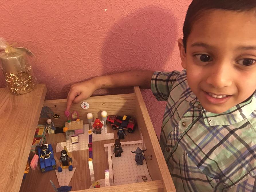Very creative Lego Village, da iawn Wafi!