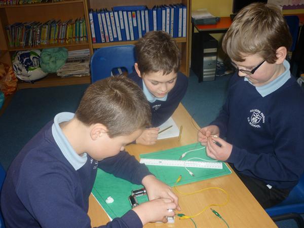 Building a circuit with a buzzer
