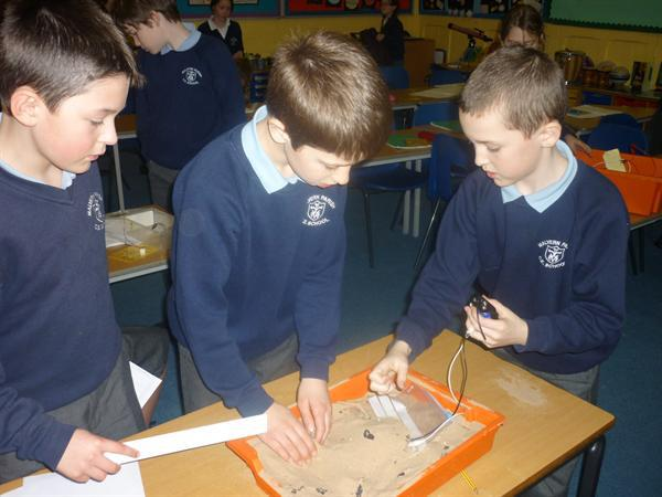Evaluating sound levels in sand