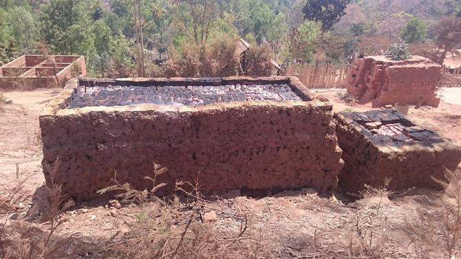 An oven for baking mud bricks