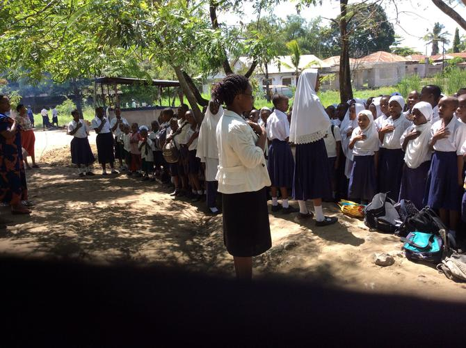 Children welcoming us to Mabawa Primary School