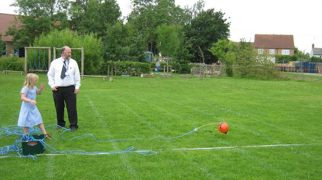 Throwing a line 10 metres