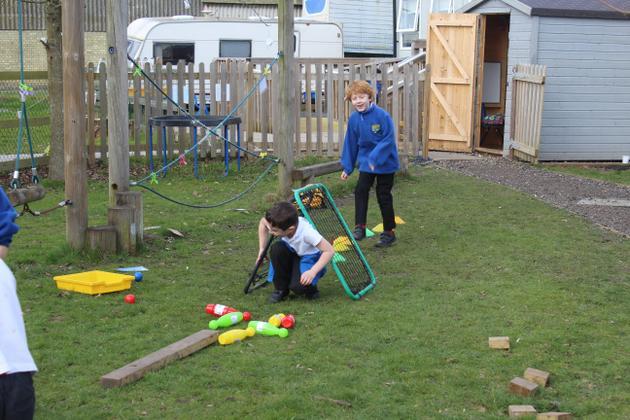Outdoor learning in KS1