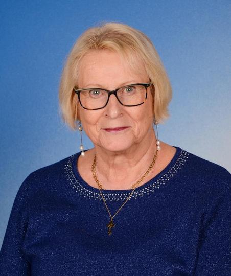 Mrs Margaret Richards