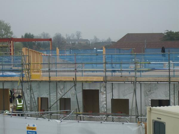 External structure taking place - April 2014