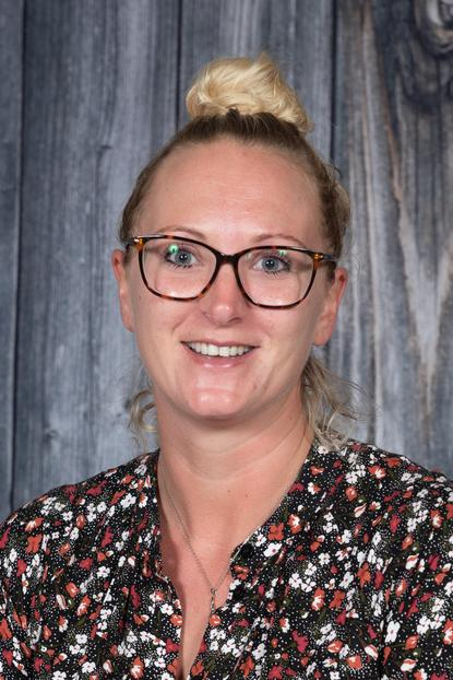 Teaching Assistant: Mrs N Smith
