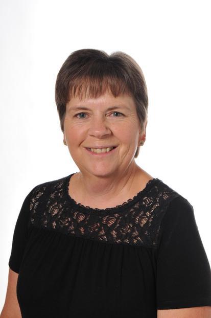 Teaching Assistant: Mrs L Cousens