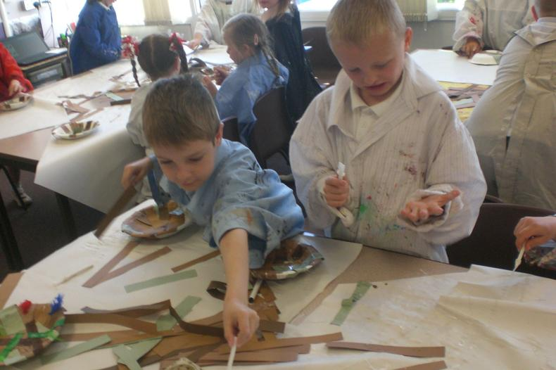 Year 1/2 creating works of art - Apr 15