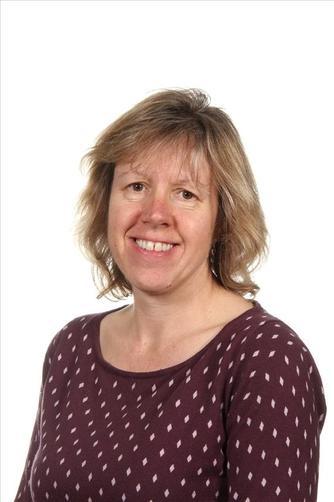 Mrs Barrett - LSA/ Teacher Year 1