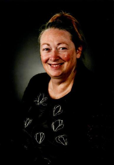 Mrs Vicki Clovis- Headteacher
