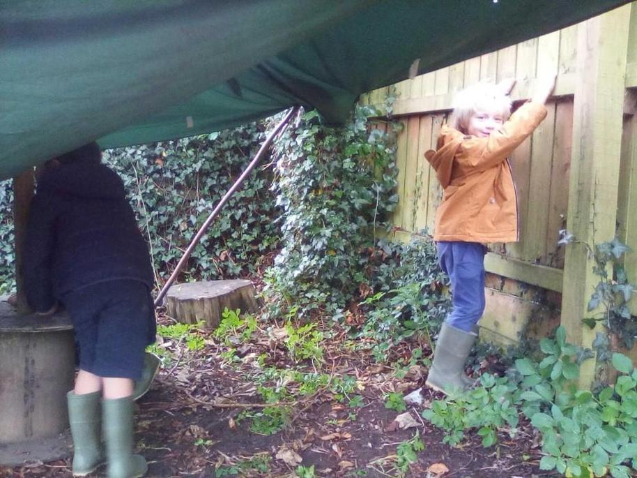 Forest school dens