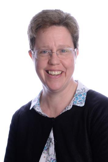 Buzzard Class Teaching Assistant: Mrs L. Durman