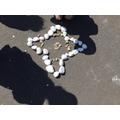 Pebble art just like Andy Goldsworthy!