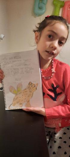 Valeria (3TW) has created a cute dragon.
