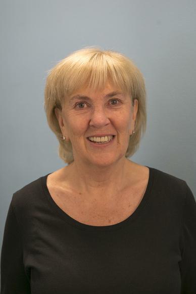 Mrs Cameron, Assistant Head Teacher & English Lead