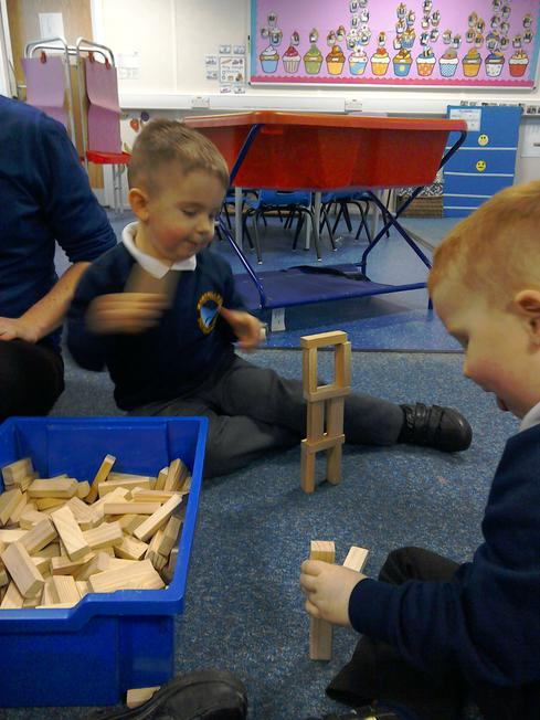 We like to build towers!