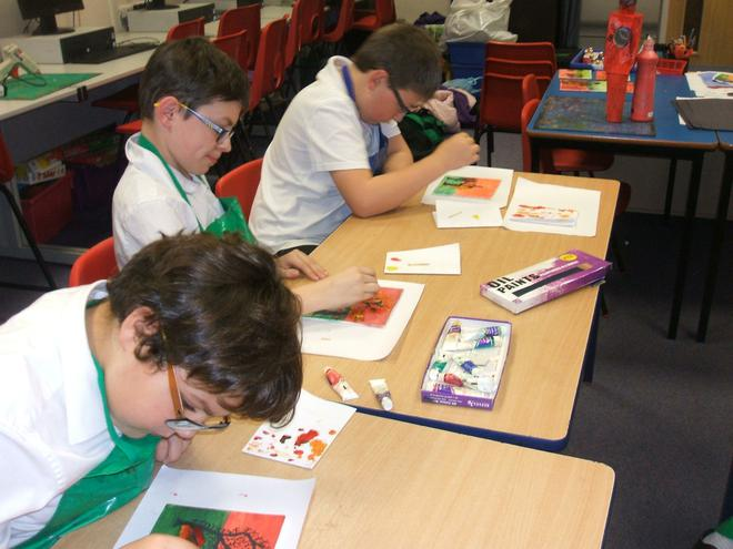 Art Club using oil paints
