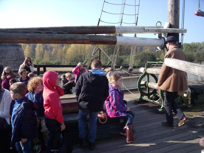 Learning about life on board the ship
