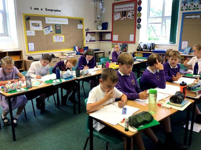 Class 3 showing fantastic attitudes to learning.
