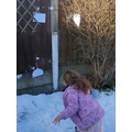 Ellie-Mai playing 'Phonic Snowball Fight.'