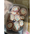 Sophie has decorated the cakes beautifully! they look too good to eat!