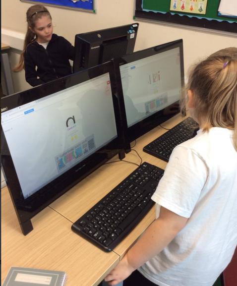 Here is an image from a computing lesson in the Autumn term.