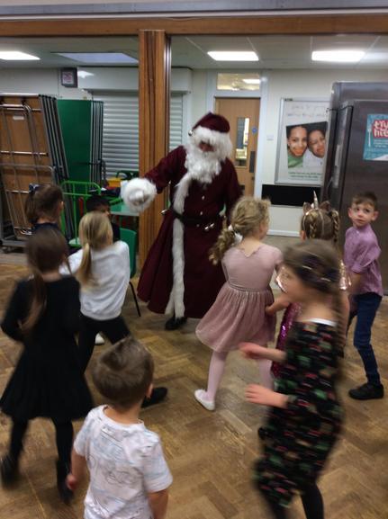 Santa Dancing!