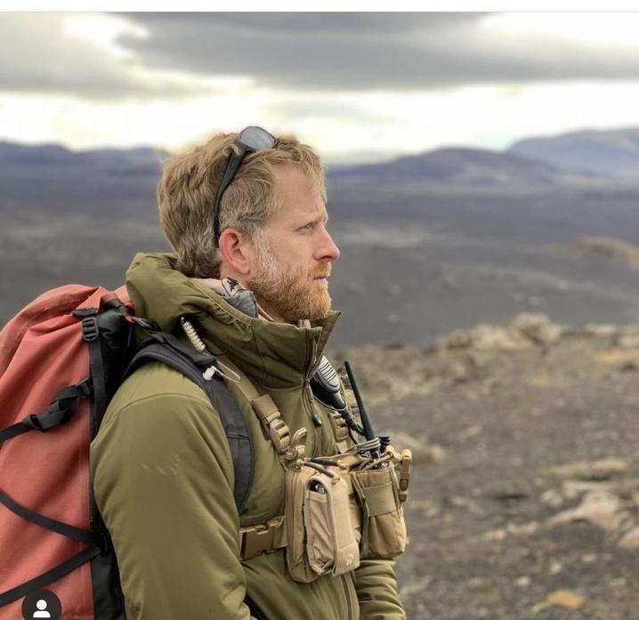 Ross her partner works all over the world as an adventurer.