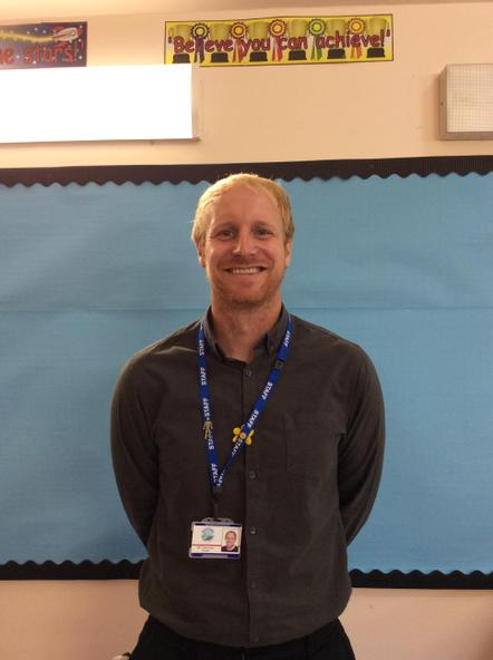 Mr Simmonds - SimmondsT22@hwbcymru.net