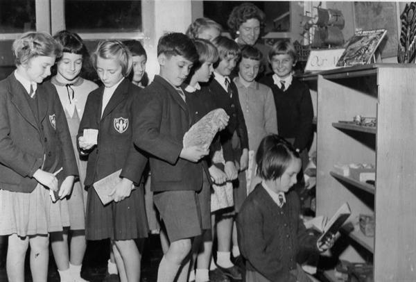 1961 school uniform (2