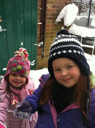 Lauren Dowd & her sister class 5SW