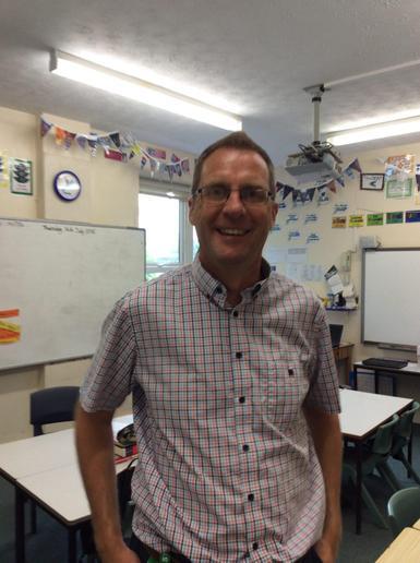 Chestnut Class: Mr Derek Parkin