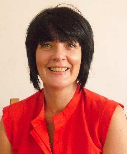 Mrs Elton (Assistant Head)