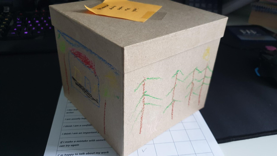 Simon's story box