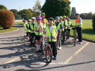 Keeping Safe : Year 6 takes part in Bikeability