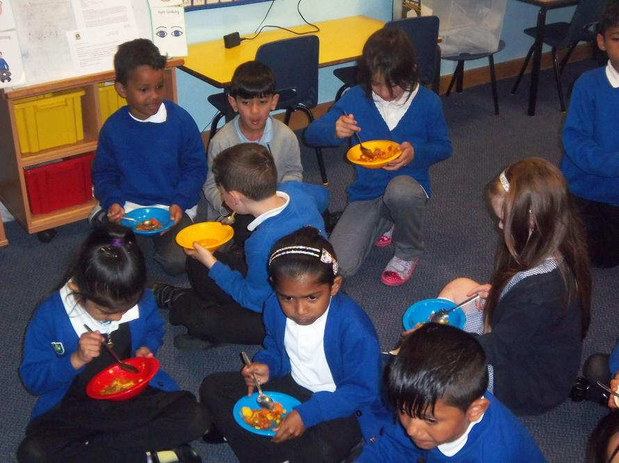 Year 2 eat the healthy curry that they made.
