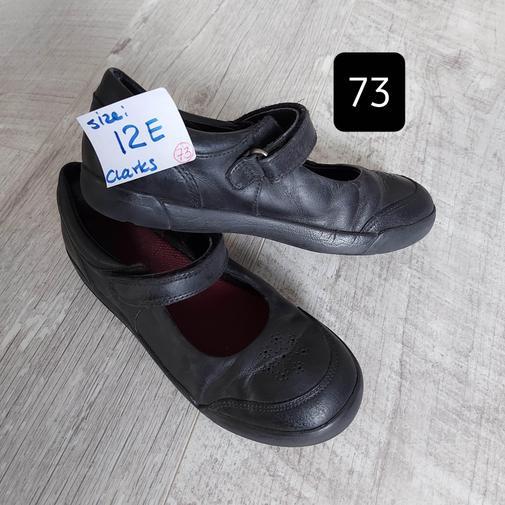 (#73) size 12E (Clarks)