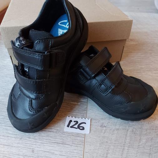 (#126) size 8.5 G (Clarks)