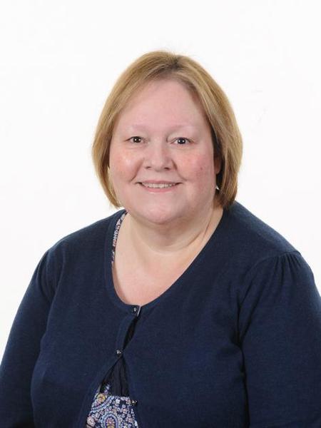 Mrs L Knight, Senior LSA